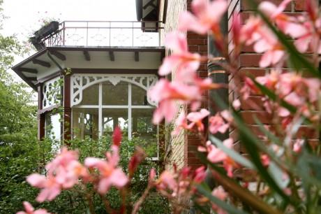 Zahnklinik Baden-Baden Eingang außen